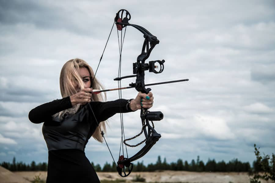how long does a compound bow last